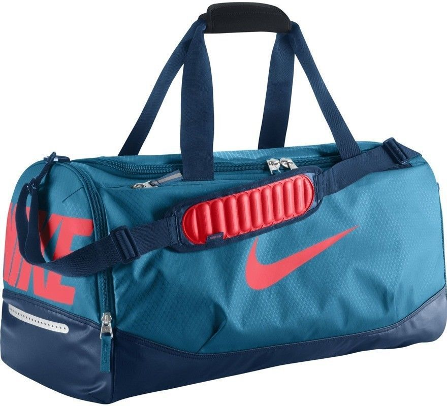 Nike duffle bag. Handbags and Purses on Bags-Purses.com 1dc2c539ba4db