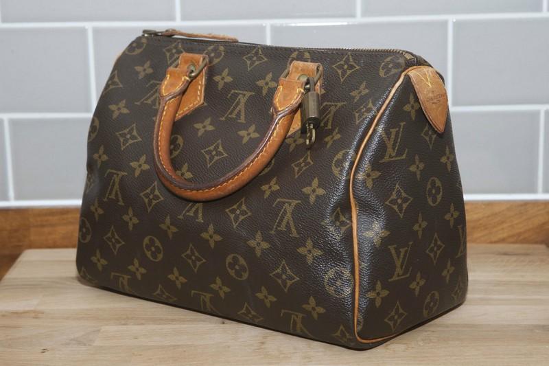 Handbags And Purses On Bags